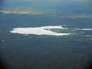 Lake Kamnarok far below in the Kerio Valley, Kenya, photo © by Michael Plagens